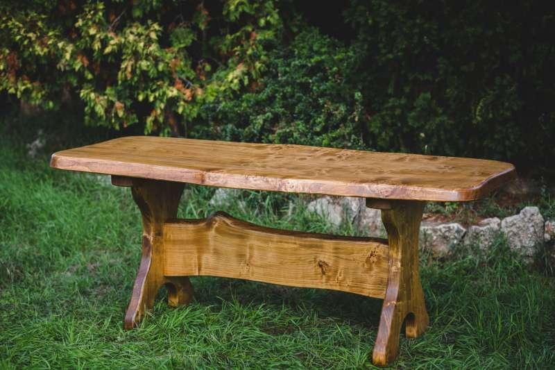 Jagdmöbel / Weinkeller Tisch