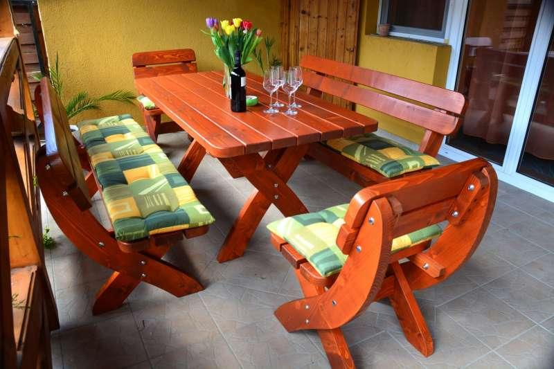 WIEN Gartensitzgruppe für 8 Personen  160 cm mit 2 Sesseln